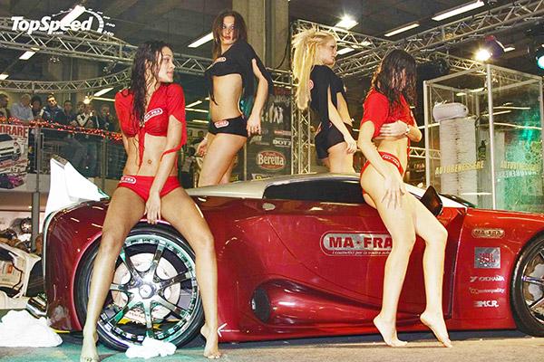 sports-car-sexy-girls
